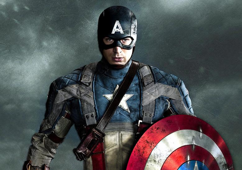 Chris Evans insterpretando al Capitán América en Los Vengadores (Avengers)
