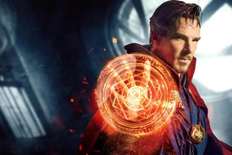 El actor Benedict Cumberbatch interpretando al Doctor Strange